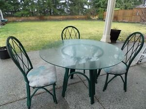 Metal frame table and four chairs