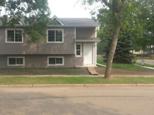 Newer 3-Bed Duplex For Rent