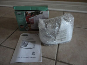 Brand new in box compact 1.5 cup electric food chopper London Ontario image 5