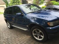BMW X5 3.0 sports pack 5600$ lady driven
