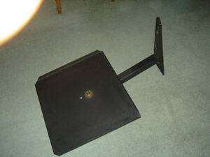 Television TV Swivel Stand / Wall Mounting a Television