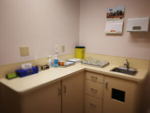 Acupuncture and Herbal Medicine Clinic For Sale