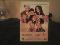 Modern Family. Complete 1st.Season. 8 DVD set. Viewed once.