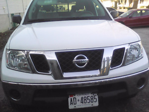 4x4 NISSAN FRONTIER, NO ACCIDENT, NON SMOKER
