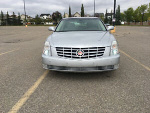 2009 CADILLAC DTS FULLY LOADED!! FWD