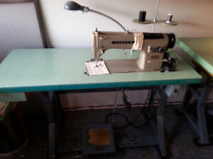 Machine a coudre industriel Consew
