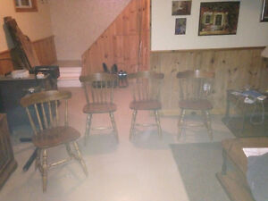 maple table and 6 chairs Kingston Kingston Area image 1