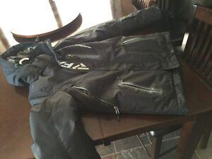 Women's fxr bib snow pants size 6 and FXR jacket size 6 Prince George British Columbia image 5