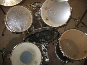 Give the Coolest Christmas Gift Ever! Drums Sarnia Sarnia Area image 4