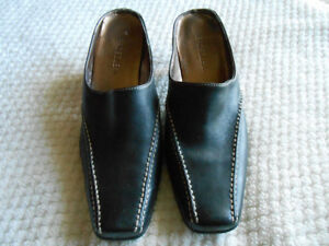 LADIES LEATHER AEROSOLES THICK STITCH SLIP ON BOOT SHOE SIZE 8.5