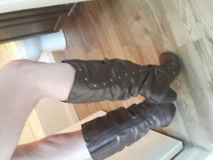 Brand new woman's chocolate brown boots.