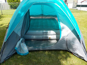 7 Person Dome Tent with Queen Bed