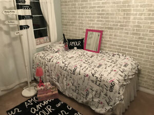 Paris bedroom decorative set