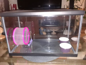 New 10 gallon critter aquarium with mesh lid and extras.
