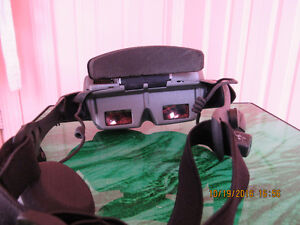 NEW iGlasses 3d Virtual Reality HMD Glasses No Smartphone Needed West Island Greater Montréal image 1