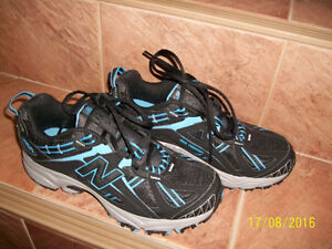 Brand New Unisex NB Shoes (women size 7, men size 5.5) for Sale