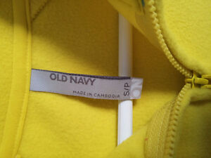 Old Navy women's yellow pullover sweater Size Small NWT London Ontario image 3