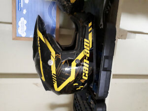 2 Helmets  for sale and trailer hitches