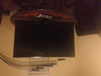 Brand New 32 inch flat screen Samsung Tv with remote