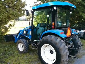 TRACTEUR NEW HOLLAND BOOMER 3050 2014