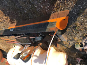 7.5 foot arctic snow plow with mount and harness and lights
