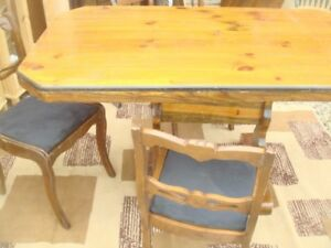 DINING SET- SOLID WOOD( ANTIQUE)