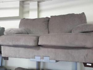 *** USED *** ASHLEY KENZEL GRAPHITE SOFA/LOVE   S/N:51232191   #STORE203