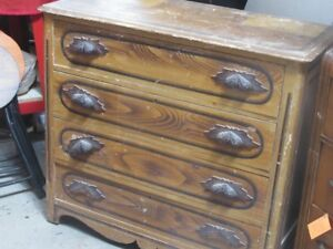 Commodes anciennes