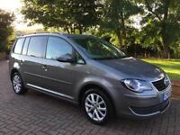 VOLKSWAGEN TOURAN 1.9 TDi MATCH 7 SEATS 2010 10