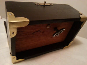 unique vintage musical box / wood and brass Windsor Region Ontario image 3