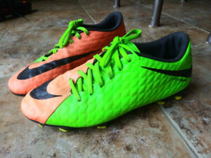 3b213b48beb8 Soccer Cleats Size 8 | Buy or Sell Soccer Equipment in Ontario ...