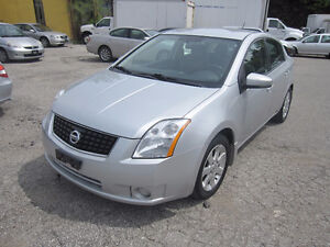 2009 Nissan Sentra 2 sets of tires and rims 99,000km clean proof