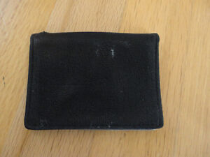 Black leather card holder wallet - unisex London Ontario image 1