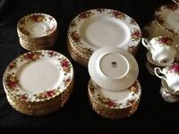 Old Country Roses / Royal Albert Dinnerware