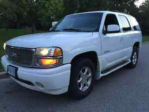 2002 GMC Yukon Denali SUV 2 Owners No Accidents or Repaints