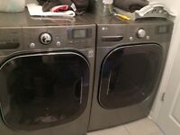 LG washer dryer. Laveuse sécheuse Wow!