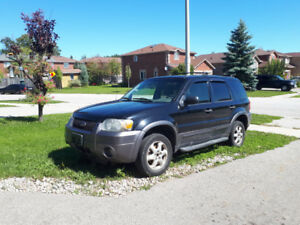 Ford Escape 2006 for part out