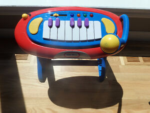 Adorable little tykes PIANO