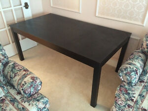 IKEA Extendable Dining Table with 6 Dining Chairs