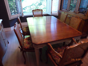 Elegant Dining Room Table with 6 Caned Chairs