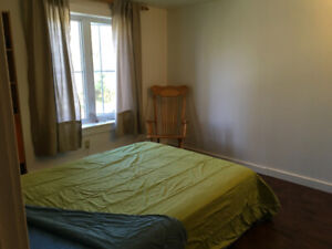 Sweet Room. One Block Acadia Wolfville, All-in, 8 Month Lease