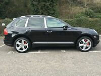 Porsche Cayenne TURBO (black) 2008