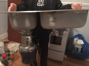 Double Kitchen sink with garborator