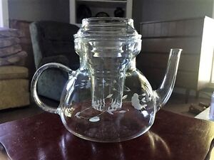 PRINCESS HOUSE HERITAGE TEAPOT/COFFEE POT WITH LID AND INFUSER