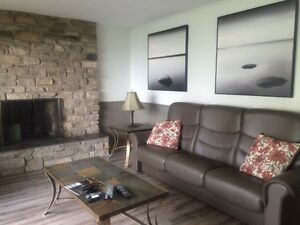 Furnished Temporary Housing available - Lakefront Home