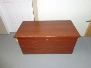 Storage Box/ Toy Chest