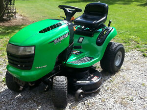 Saber Lawn Tractor (John Deere made) 16.5 HP