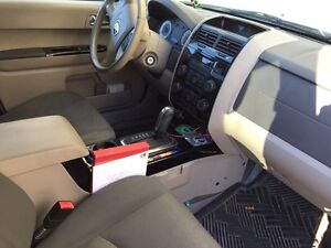 2008 Mazda Tribute (with winter tires and rims) West Island Greater Montréal image 5