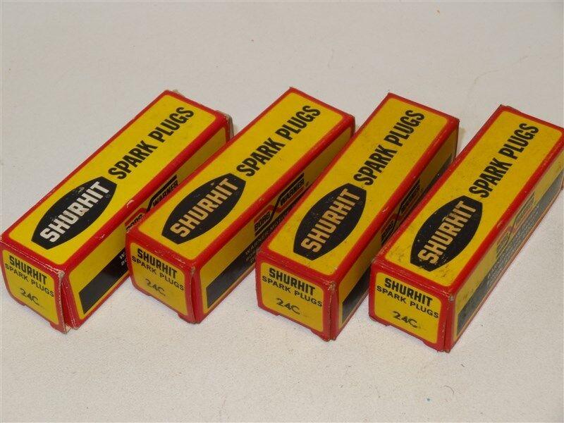 4 Antique Vintage NOS SPARK PLUGS Original Boxes * Shurhit 24C