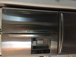 Stainless steel refrigerator mint condition